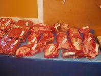 Hängmörat ungnöts-kött. Lokalproducerat