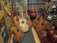 Musikinstrument Även inbyten och värdering