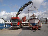 Båttransporter, container och bodtransporter