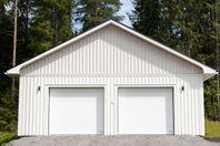 Svensktillverkad garageport KROKOM40