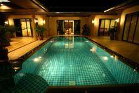 Stor familjevilla med privat pool i Phuket