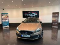 Volvo V40 Cross Country D2 Momentum*NAVI*NYBES*NYSERVAD