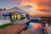 Lyxiga villor med pool och fantastisk läge