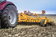 Staltech jordbearbetningsmaskiner
