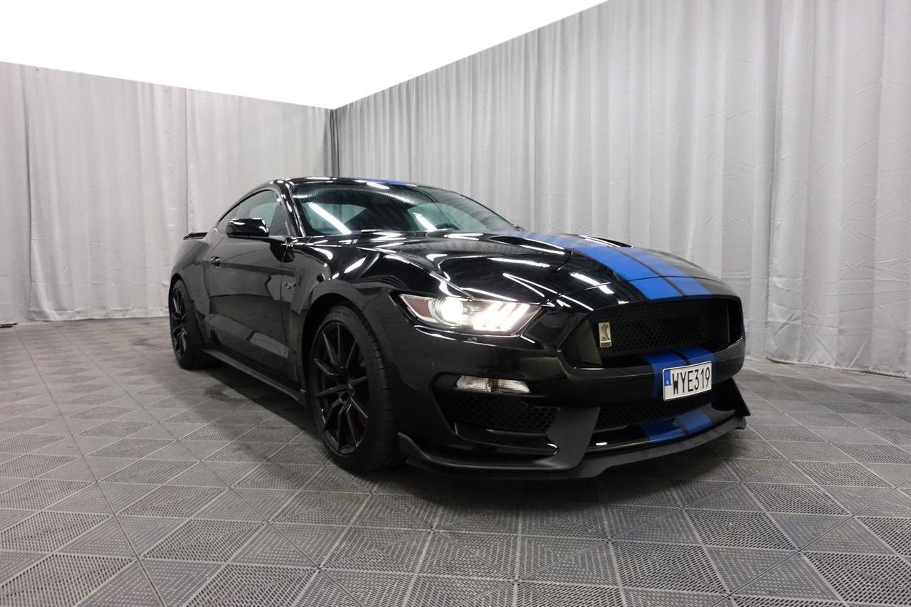 Ford Mustang Shelby GT350 5.2...