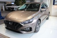 Hyundai i30 1.0 T-GDi DCT MHEV Essential