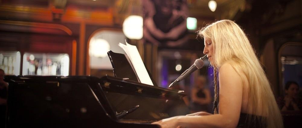 Sång, piano eller tvärflöjt p...