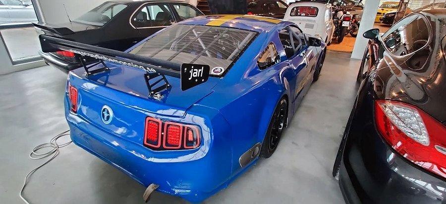 Ford Mustang Thundercar