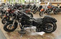 Harley-Davidson Softail Slim FLS